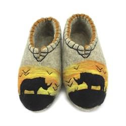 """Валяные тапочки """"Саванна носороги"""" ручной работы - фото 12255"""