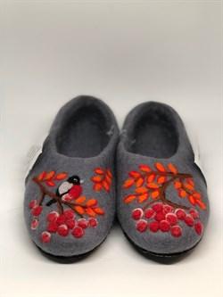 """Цветные валяные тапочки """"Снегирь и рябина"""" ручной работы на подошве - фото 12725"""