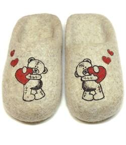 """Женские валяные тапочки """"Влюбленный мишка"""" ручной работы - sale - фото 15112"""