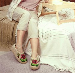 """Женские валяные тапочки """"Мак"""" ручной работы - фото 16350"""
