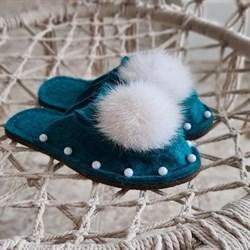 Войлочные тапочки изумрудные с бусинками и натуральным мехом кролика - фото 16939