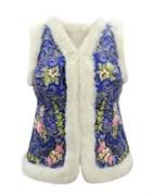 Женский жилет в русском стиле покрытый платком, голубой. Мех белый