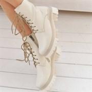 Женские ботинки-берцы молочные, натуральная кожа